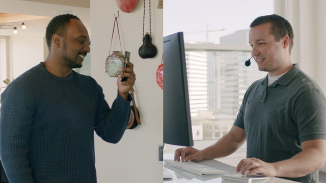 A side-by-side of a customer and CX professional working through a product problem using StreemCore video